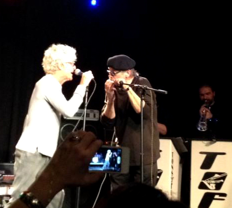 Chris on stage with Reo